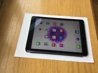 APPLE IPAD AIR 2 - 64GB WIFI AND 4G - BOXED - APPLECARE UNTIL FEB. 17