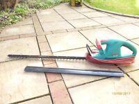 Bosch electric hedge trimmer 70cm blade