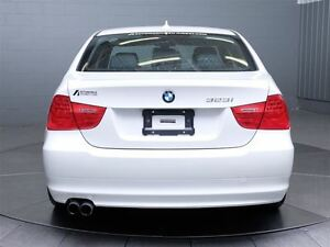 2011 BMW 323 i MAGS TOIT CUIR West Island Greater Montréal image 7