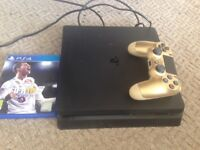 PS4 Slim 500gb Fifa 18 official dual gold controller