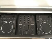Pioneer CDJ350 x2 Turntable and DJM350 Mixer + Silver Flight Case
