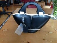 Leather Hanbag by Daniela Moda