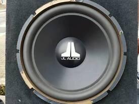 Jl Audio 15w3 v2 sub in box