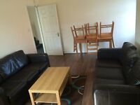 One Room Avialabe in Heaton with Bills