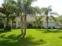 LOVELY 3 BED 2 BATH VILLA IN FLORIDA, OWN POOL, HOT TUB, GAMES ROOM, WI FI, LANDSCAPED GARDENS