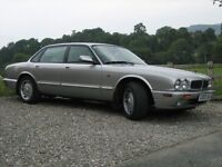 Jaguar XJ8 Sports. 3.2 litre V8 engine with automatic sports gearbox.
