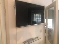 Panasonic LED TV (40 inches)- mint condition - state of the art