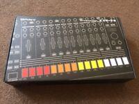 Roland TR8 - original box / accessories fully expanded 7x7 sound set upgrade