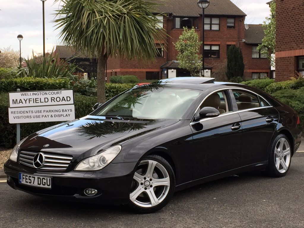 2008 mercedes cls 320 cdi jet black with cream leather fully loaded spec immaculate in out in. Black Bedroom Furniture Sets. Home Design Ideas