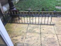 Raw iron black and gold railing 185cm