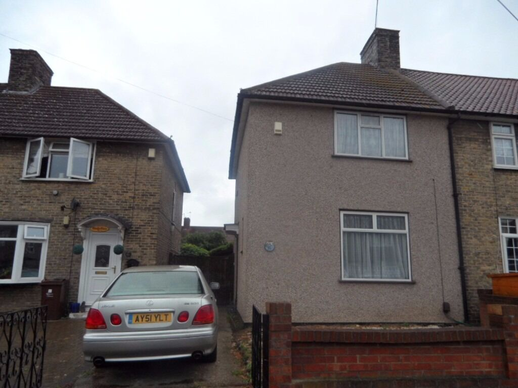 2 Bedroom Semi-Detached House To Rent *MUST SEE*