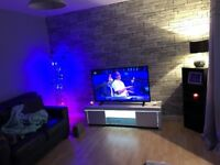 White hight gloss light up led tv stand 3 months old bought for 185 on very