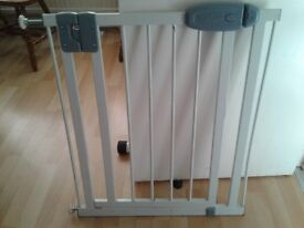 TippiToes baby gate