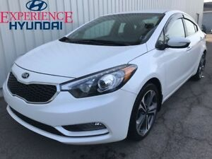 2014 Kia Forte 2.0L EX VERY LOW KMs ON THIS EXCELLENT WITH