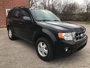 2010 Ford Escape XLT 4WD- SAFETY INCLUDED