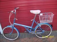 RALEIGH SHOPPER BIKE FROM THE 80s IN SUPER CONDITION