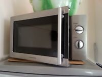 Cookworks microwave small in good condition