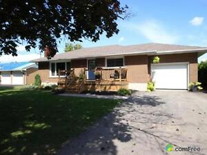 $259,900 - Bungalow for sale in Aylmer London Ontario image 2