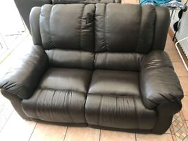 2 Seater & 1 Electric Recliner Arm Chair - Leather Sofas