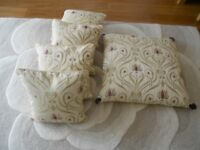 4 X SCATTER CUSHIONS PLUS MATCHING FLOOR CUSHION AS NEW IN PAUL SIMON FABRIC