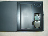 Nokia 8800 in it's box with all accessories in as new condition