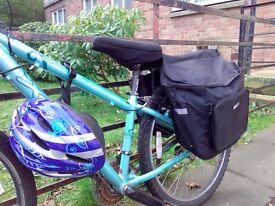 Ladies bike with lock, helmet, lights