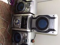 Hifi / stereo / cd player / twin tape cassette recorder / sub woofer / system / 260 watt / changer