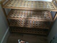 Cute, lightweight, criss-cross patterned shelving