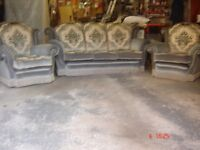 comfortable sofa and 2 armchairs in good condition
