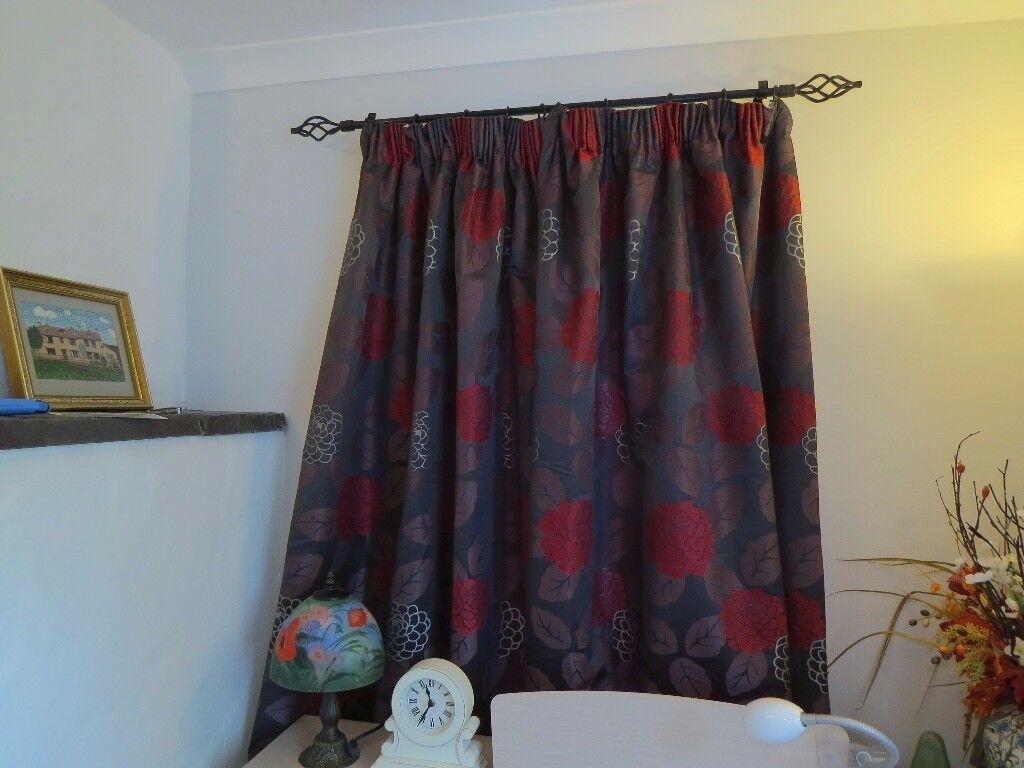 3 Pairs Curtains + Poles