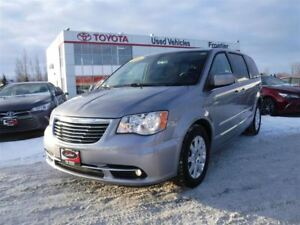 2016 Chrysler Town & Country Back up Camera / Foglights / Alloy