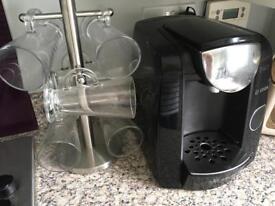 Bosch Tassimo coffee machine with 6 Lattee Glasses