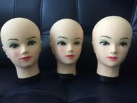 DELIVERY AVAILABLE- 3 FEMALE MANNEQUIN HEADS, SHOP DISPLAY, GOOD CONDITION