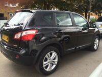 Late 2010 Nissan Qashqai Acenta 1.6 Hatchback 2WD and 30034 mileage
