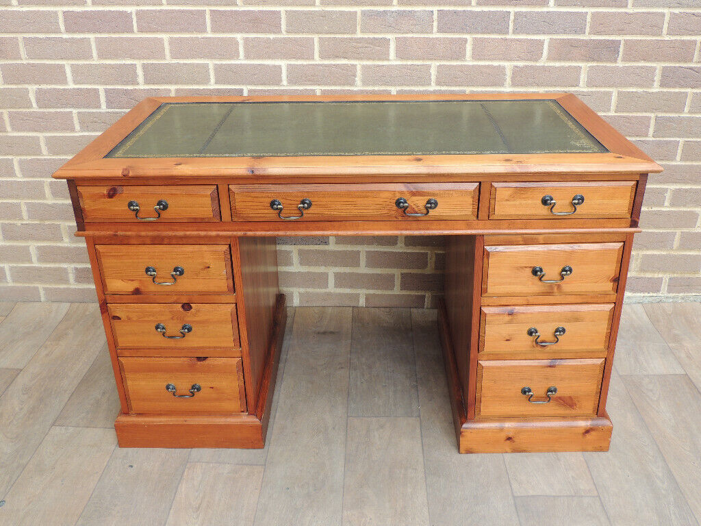 Solid Pine Desk 3 Parts With Leather