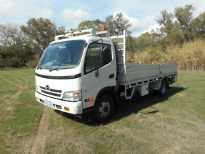 2009 HINO 816 4X2 TRAY TRUCK South Guildford Swan Area Preview
