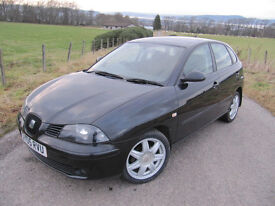 Seat Ibiza Sport 1.4 16V 5 door hatchback in black. 1 family from new FSH (9 stamps)