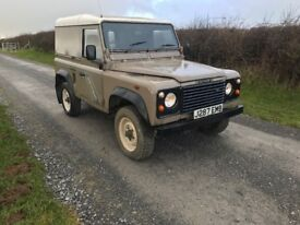 Land Rover defender 90 200TDI van 4x4 no vat