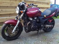 KAWASAKI ZR7 ENGINE £300 Air Cooled 2000 ZR 750 Tel 07870 516938 Anglesey