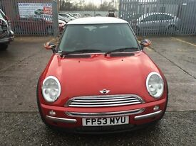 Mini Cooper 1.6 petrol red mot until 28/7/17 recently been service