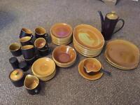 INTONE MYOTT crockery set