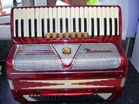 MARINUCCI PIANO ACCORDION ITALIAN 120 BASS LIGHTWEIGHT