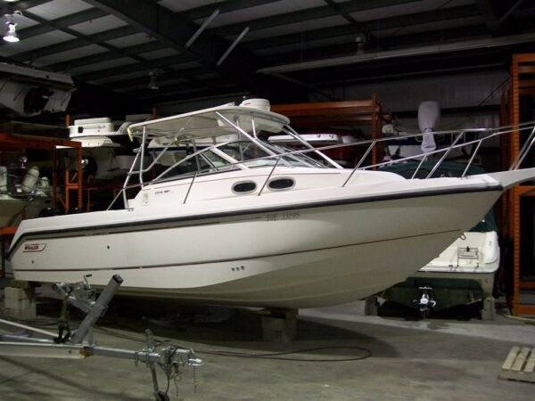Used 2001 Boston Whaler 295 Conquest