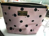 Jenny Packham Makeup Bag Pink & black fits Used, very good condition