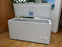 Whirlpool lockable white chest freezer! Cost £350 and NEVER USED!! £100 ono!!!