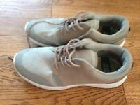 River island running trainers size 9
