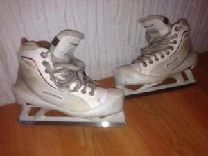 plusieurs patin de gardien de but grandeur 4 à 5 de 30$ et plus