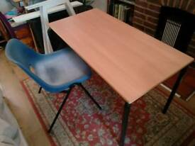 School style desk and chair