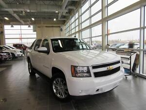 2009 Chevrolet Avalanche 1500 LT LT 4X4 WHITE UNICORN