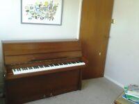 Piano- Modern, Upright
